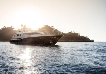 Revelry yacht charter in Cannes