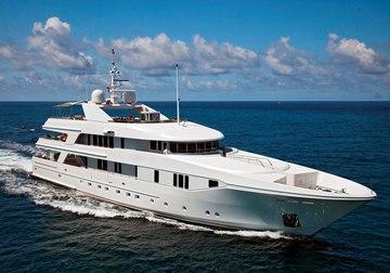 Rhino yacht charter in Bermuda