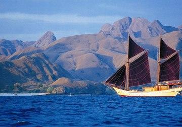 Silolona yacht charter in Komodo