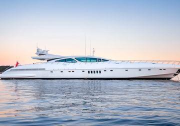 Beachouse yacht charter in Barcelona