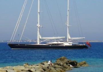 Drumbeat yacht charter