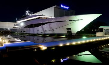 75m Feadship charter yacht ARROW makes a splash