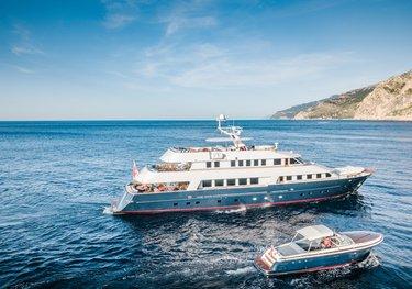 Chesella charter yacht