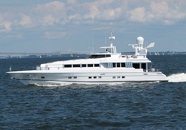 Highline charter yacht