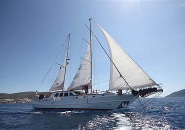 Cabron charter yacht