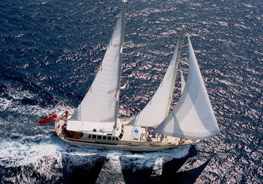 Tigerlily of Cornwall charter yacht