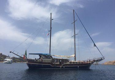 Samy charter yacht