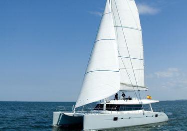 Depende IV charter yacht