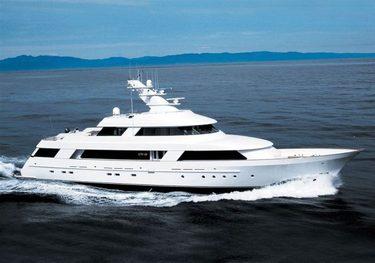 CV-9 charter yacht