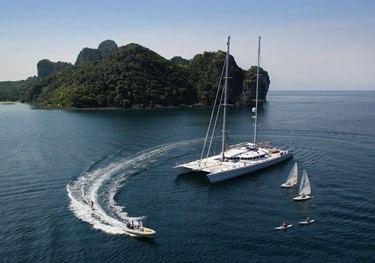Douce France charter yacht