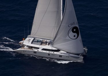 Che charter yacht