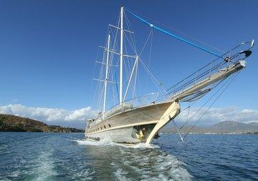 Prenses Lila charter yacht