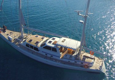 Shere Khan charter yacht