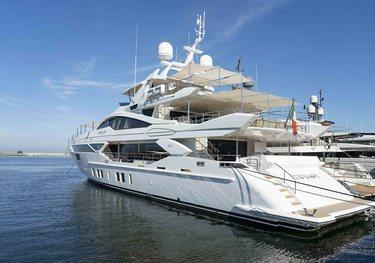 44Alloy/ 07 charter yacht