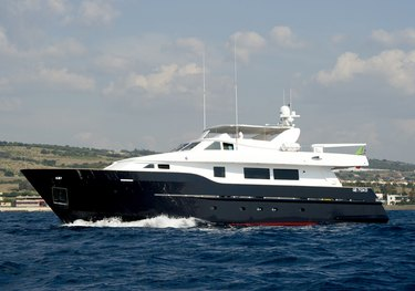 Madness charter yacht