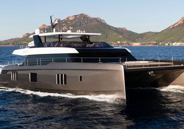 Rua Moana charter yacht