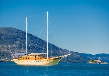 Kaya Gunery II charter yacht