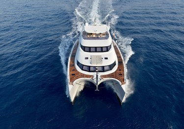 Blue Belly charter yacht