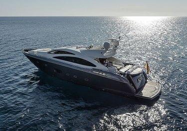 Alvium charter yacht