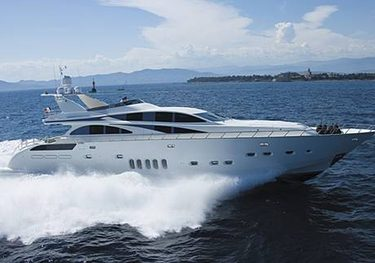 Lis charter yacht