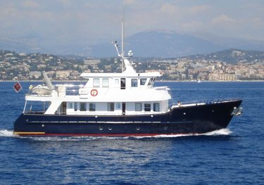 Devils Advocate charter yacht