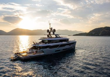 Rebeca charter yacht