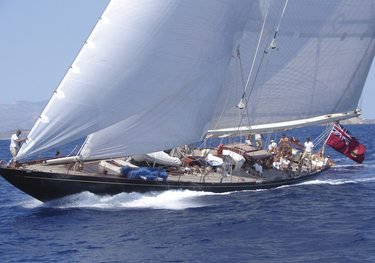 Endeavour charter yacht