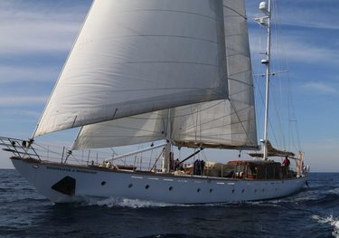Windweaver of Pennington charter yacht