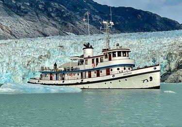 Sacajawea charter yacht