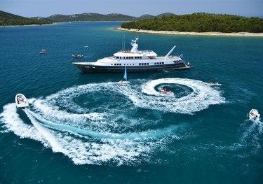 Golden Compass charter yacht