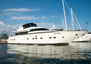 Nauti Lass charter yacht