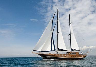 Santa Lucia charter yacht