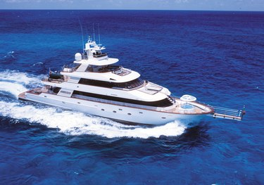 Forty Love charter yacht