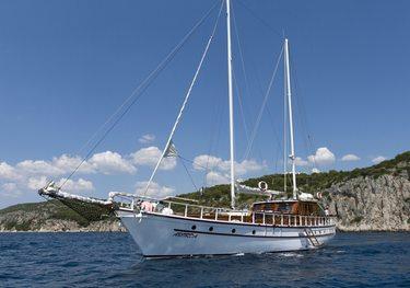 Aborda charter yacht