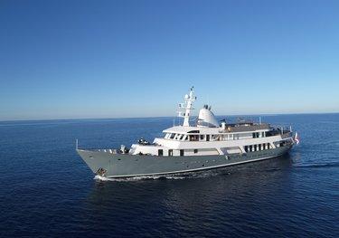 ARS Vivendi charter yacht