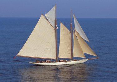 Invader charter yacht