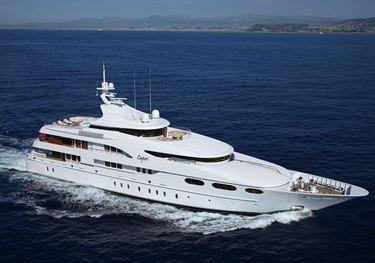 Sirona III charter yacht