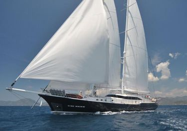 Ubi Bene charter yacht