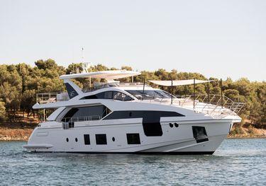 Dawo charter yacht