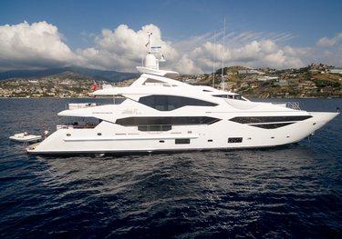 Lady M charter yacht