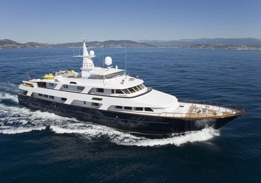 Lady Rose charter yacht