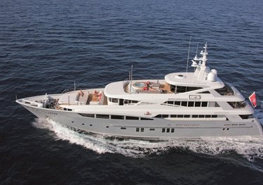 2 Ladies charter yacht