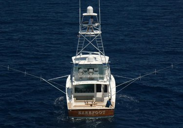 Barefoot charter yacht