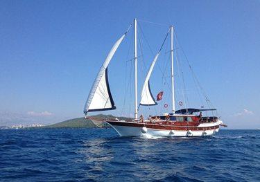San charter yacht