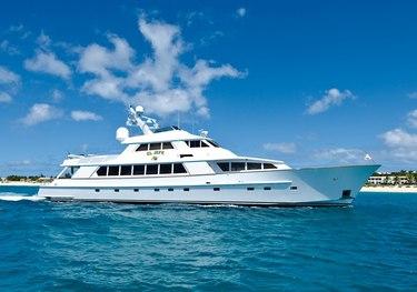 El Jefe charter yacht