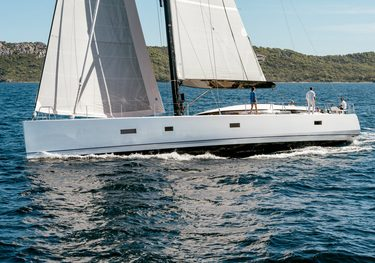 J Six charter yacht