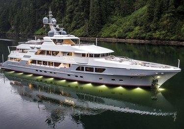 Endless Summer charter yacht