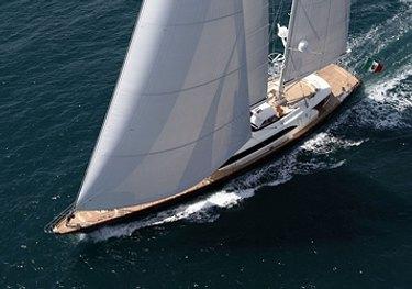 Mondango 3 charter yacht