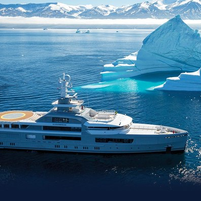 CLOUDBREAK Yacht Review