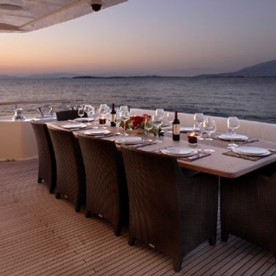 Dragon Yacht Dining - Sunset